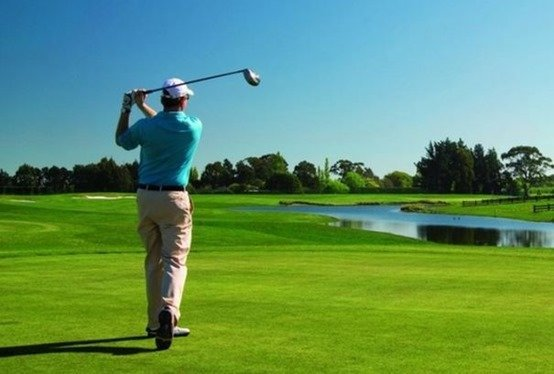 play golf in Marbella